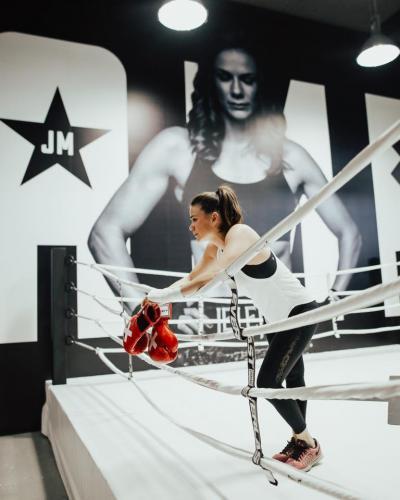 Champs Boxing Studio-Murals-Graphics-Illuminated-Signage-012
