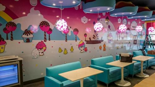 Yogurt Bar - - Wall Graphics - Murals